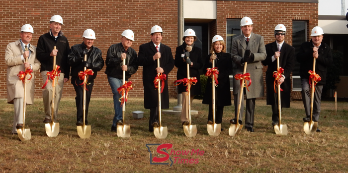 Groundbreaking Ceremony Held at SoutheastHEALTH in Dexter